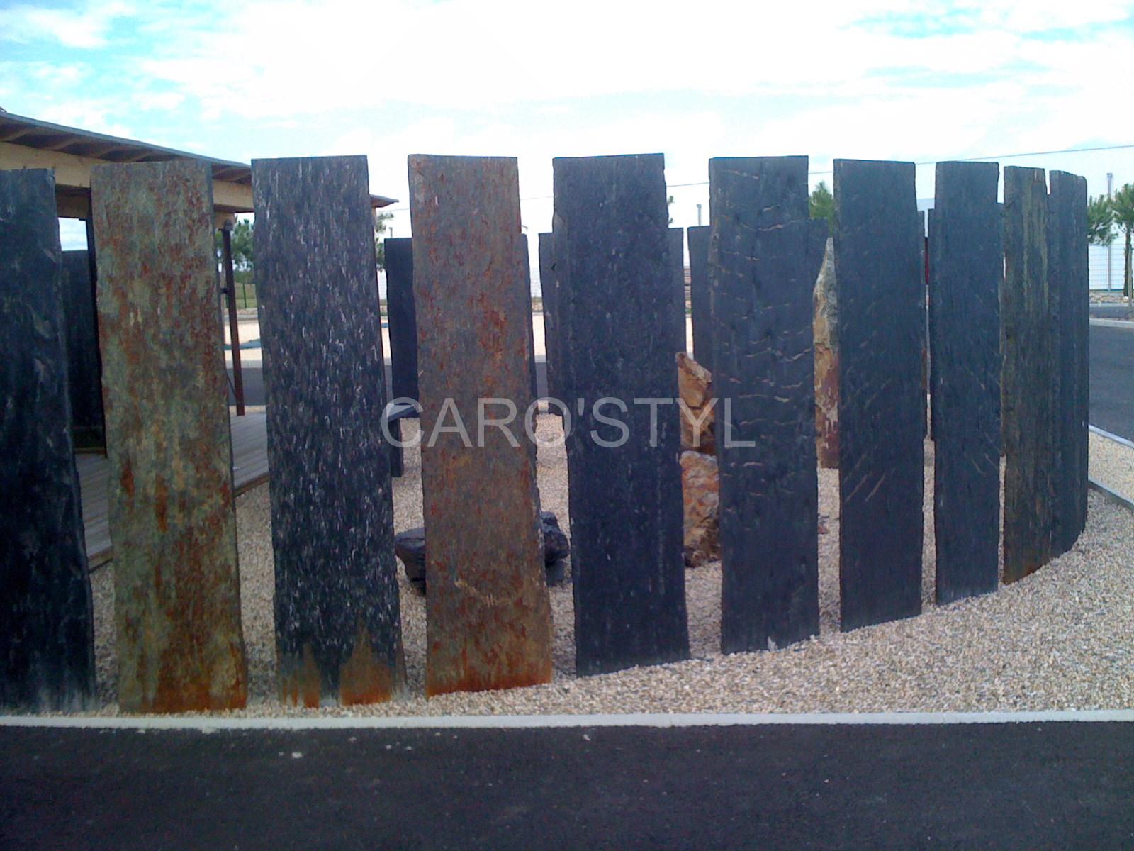 Brise vue de jardin en ardoise noire magasin de carrelage pierre naturelle salle de bain var - Vue de jardin ...