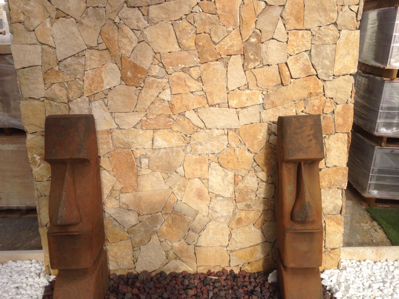 Mur En Pierre Interieur Beige comment construire un mur en pierre de parement, pour