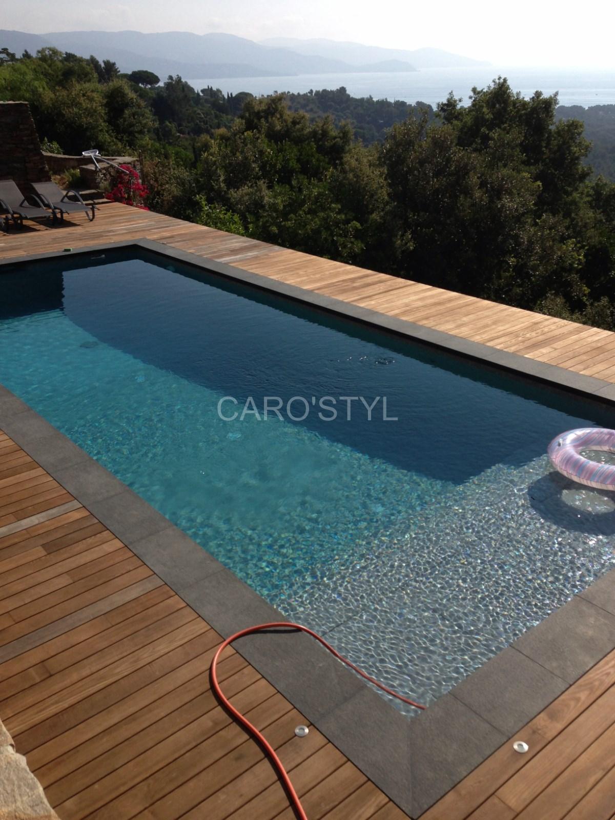 Margelle de piscine en pierre de lave noire épaisseur 6 cm - Magasin ...