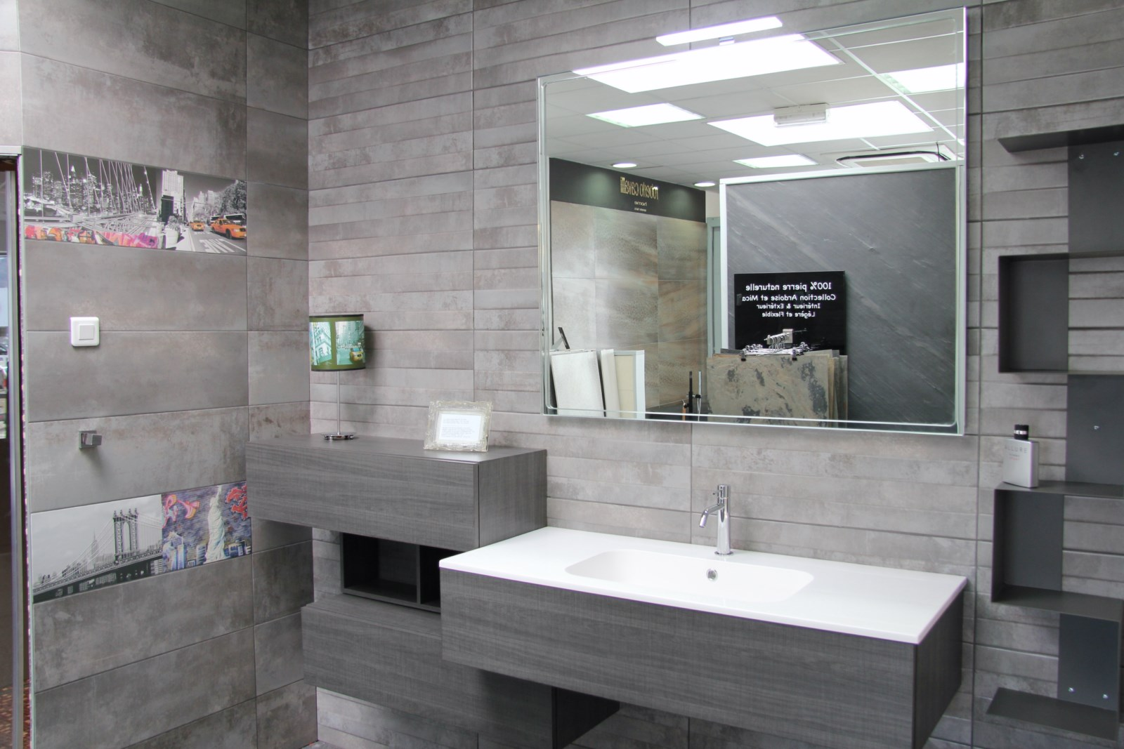 Meuble de salle de bain avec vasque integr e en r sine magasin de carrelage pierre naturelle - Salle de bain resine ...